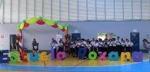Estudiantes en las nuevas instalaciones de la escuela Roxana en Pococí